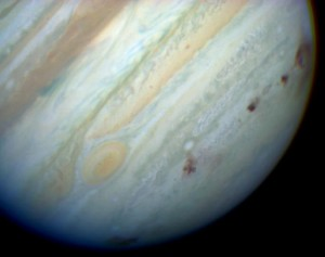 Jupiter_showing_SL9_impact_sites